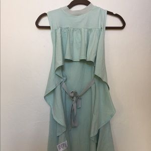 Tank top with open ruffle back and tie